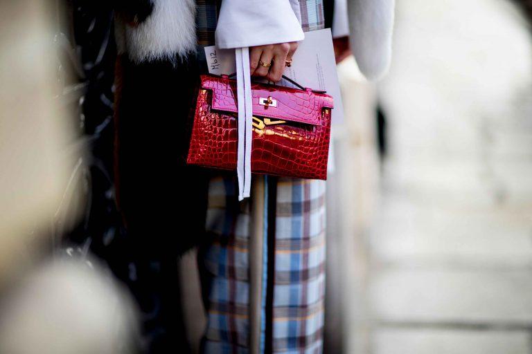 SACLÀB Hermès Kelly Pochette Exotic Leather Streetstyle Paris