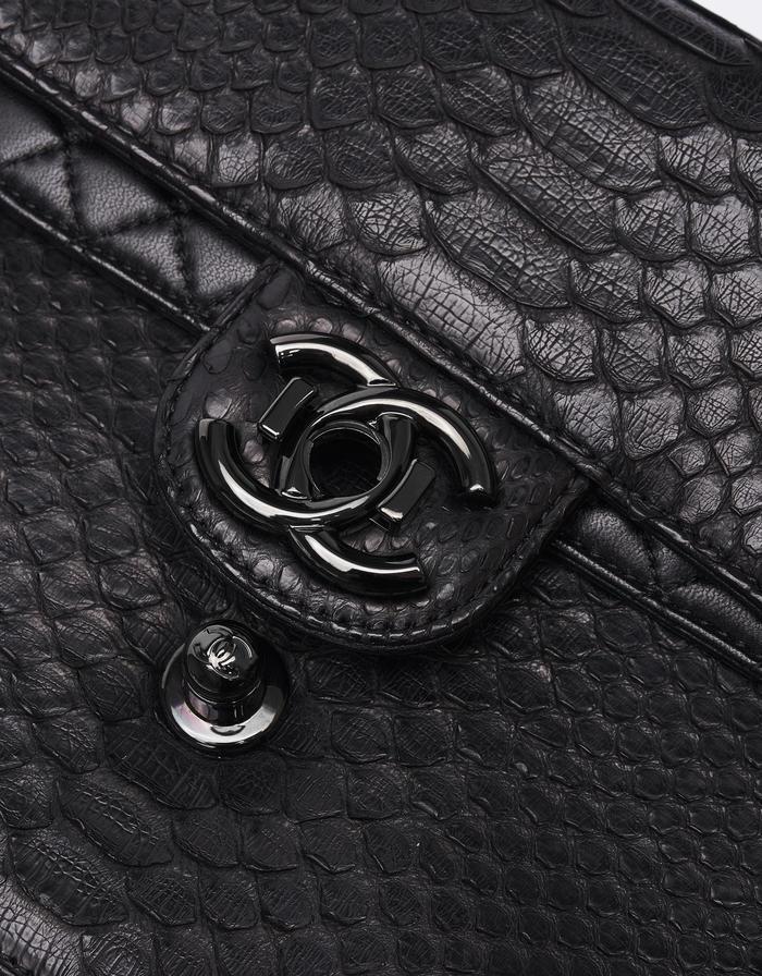 Chanel Timeless Jumbo Python So Black Saclàb CC