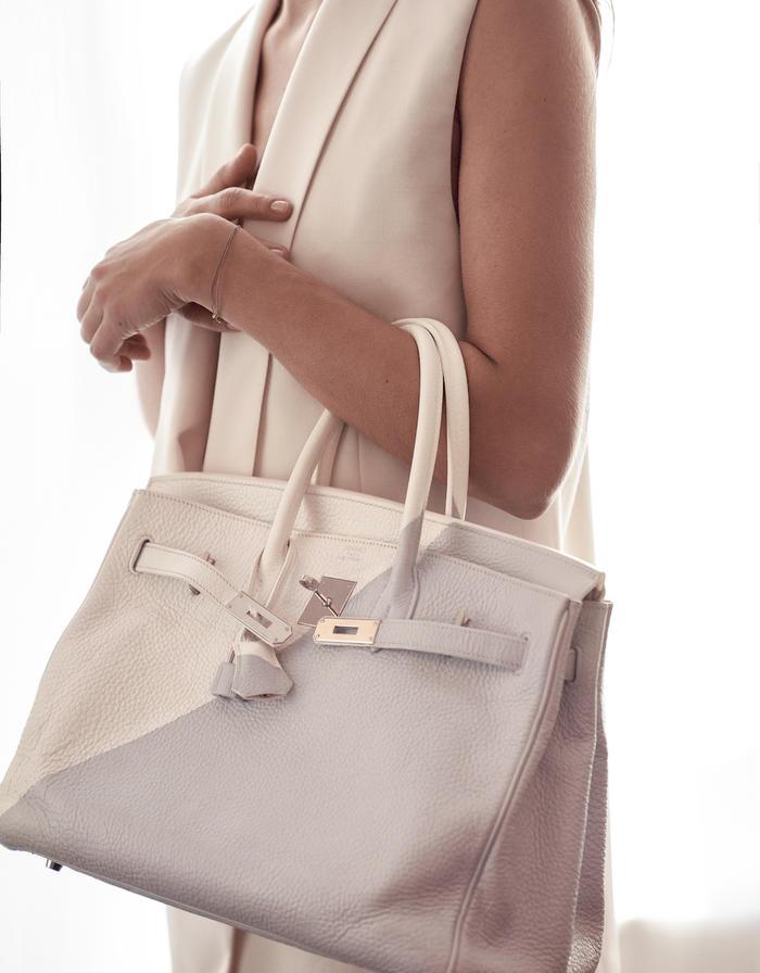 Customised Hermes Birkin 30 Clemence Blanc Grey Saclab Model Lifestyle