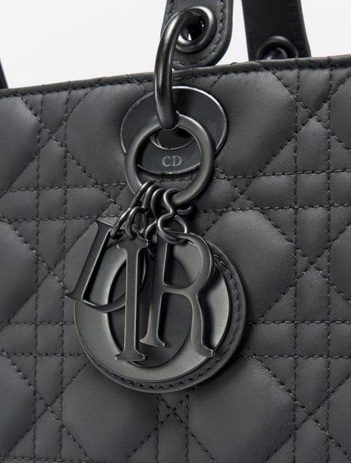 Dior_Lady_Dior_Large_Calf_Black
