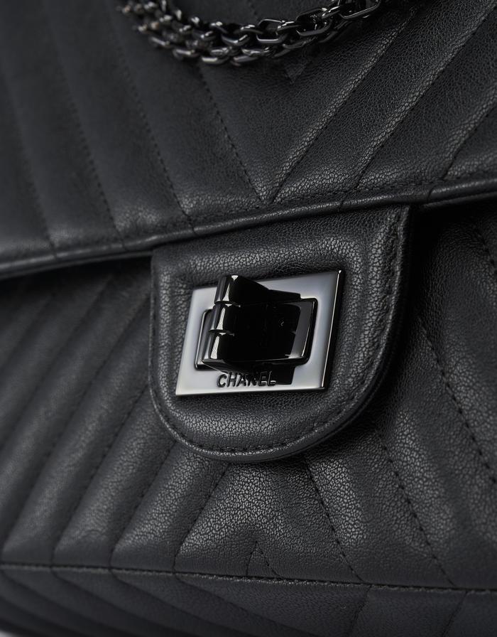189 Chanel 255 227 Grained Lamb Black