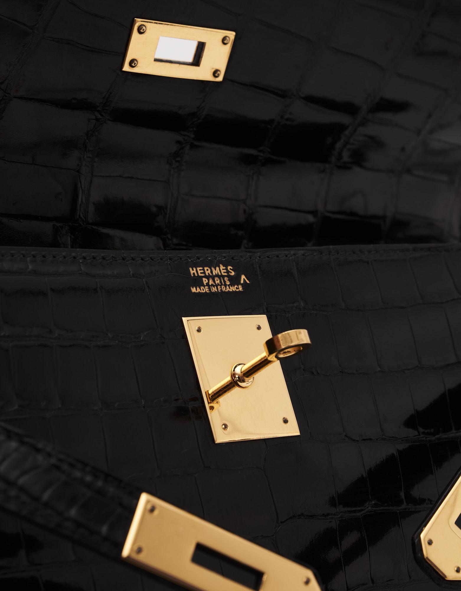 Hermès Kelly 32 Crocodile Porosus Black Vintage Gold Hardware