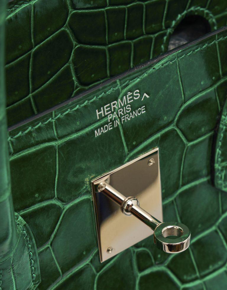 A pre-loved Hermès Birkin 35 Crocodile Porosus Vert Emeraude on SACLÀB