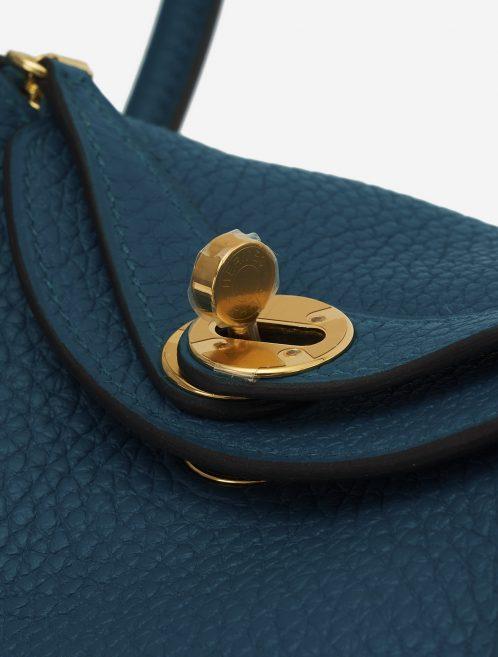A pre-loved Hermès Lindy Mini Clemence Vert Bosphore on SACLÀB