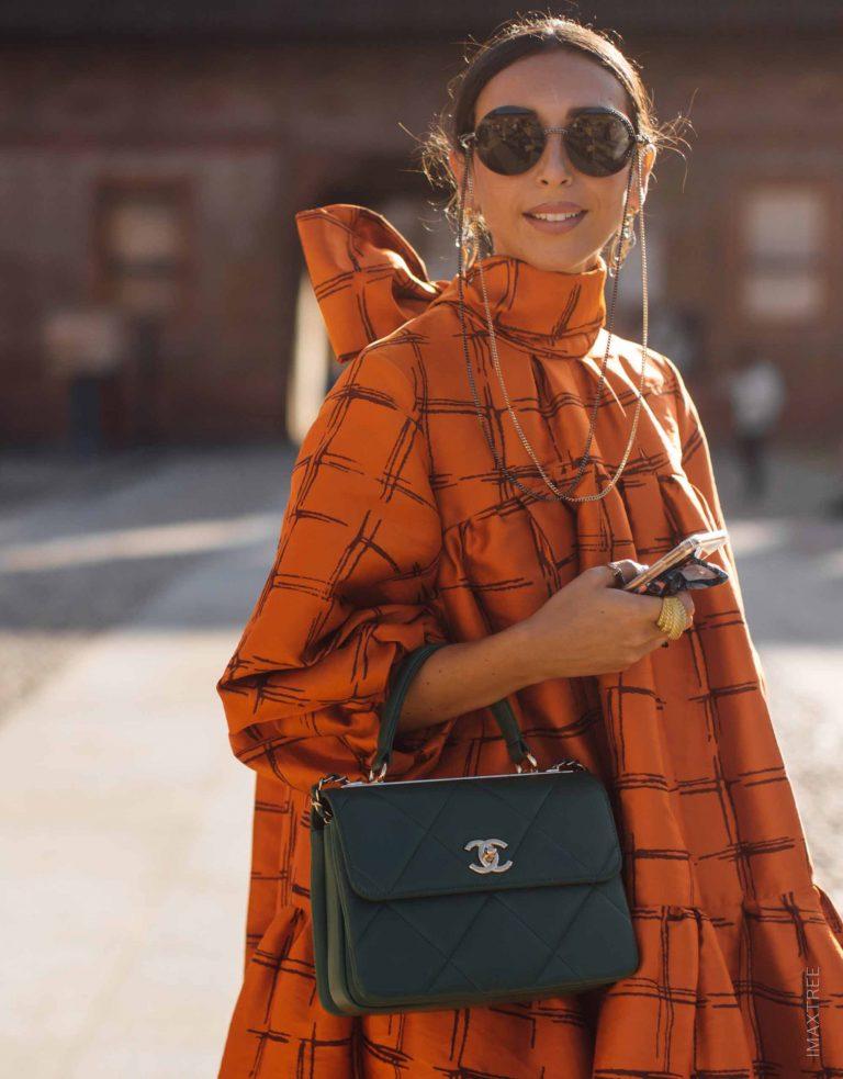 Chanel Black Coco Handle Handbag Streetstyle SACLÀB