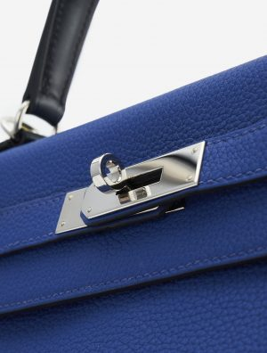 Hermès Kelly 28 Togo Au Trot Bleu Electrique / Indigo / Lime / Vert Fonce