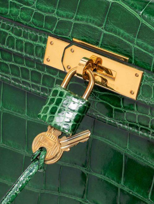 Hermès Kelly 32 Alligator Vert Emerald Green  | Sell your designer bag on Saclab.com