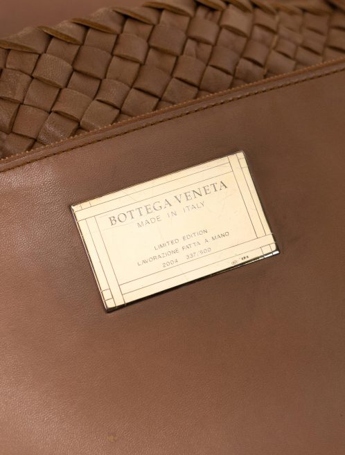 Bottega Veneta Cabat Large Intrecciato Camel Brown  | Sell your designer bag on Saclab.com