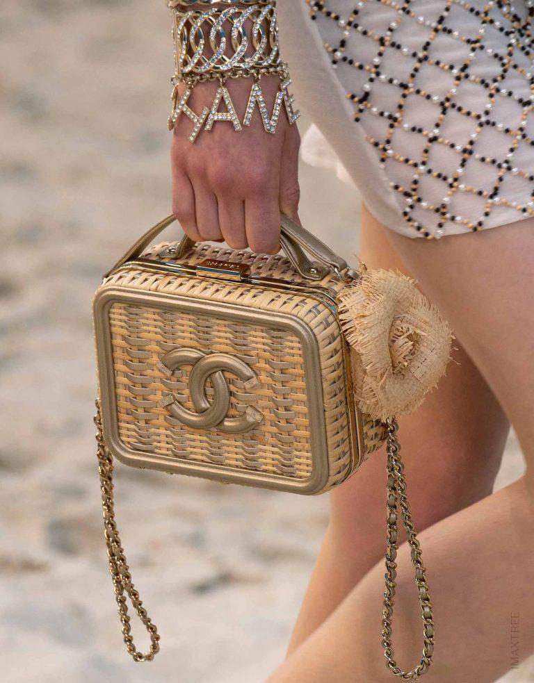 Chanel Vanity Case Straw Gold Spring Summer 2019