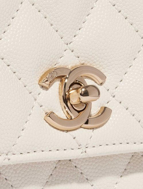 Chanel Timeless Handle Extra Mini Caviar White White Closing System | Sell your designer bag on Saclab.com