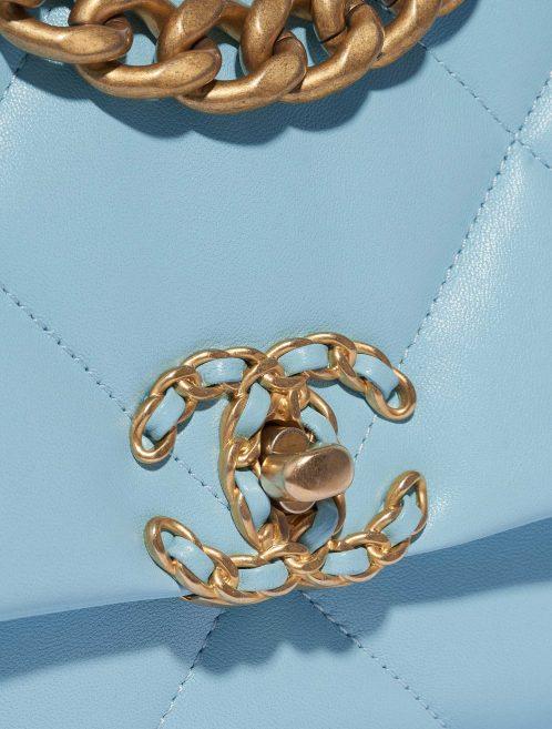 Chanel 19 Flap Bag Lamb Sky Blue Blue Closing System | Sell your designer bag on Saclab.com