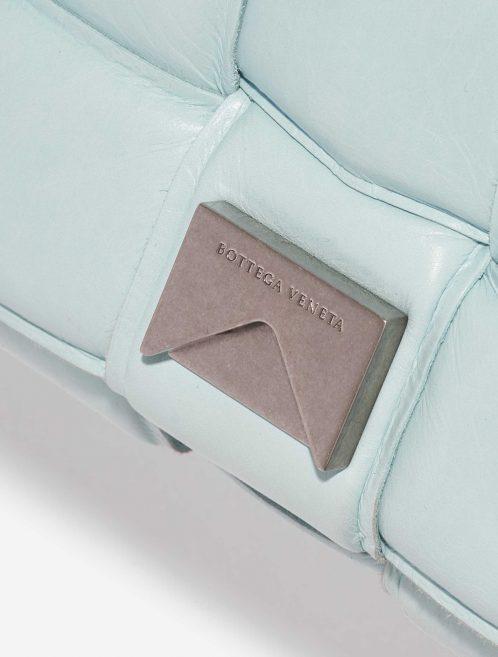 Bottega Veneta Cassette Medium Calf Topaz Blue Closing System | Sell your designer bag on Saclab.com